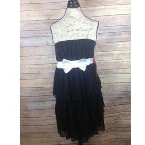 Star Vixen Women's Dress Size L Layered Ruffles